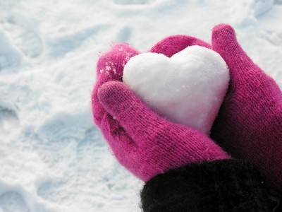 photography,love,heart,snow,photograph,pink-b77ff0d2886094b4ff51b75a6ff37737_h_large
